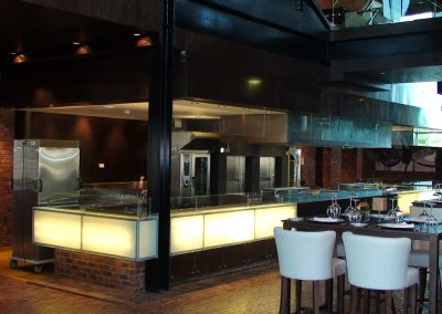 RAFFLES HOTEL, DUBAI - FIRE & ICE RESTAURANT COUNTER / BACK WALL / KITCHEN HOOD