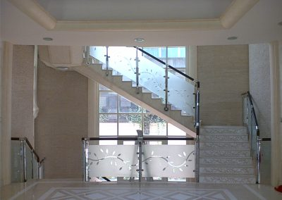 PRIVATE VILLA IN ABU DHABI – SS HANDRAILS